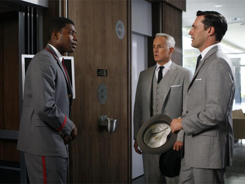 Roger Sterling (John Slattery) and Don Draper (Jon Hamm) - Mad Men - Season 1, Episode 7 - Photo Credit: Carin Baer/AMC