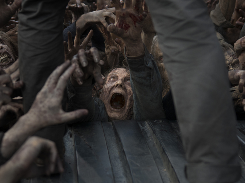 the-walking-dead-episode-603-walker-800x600
