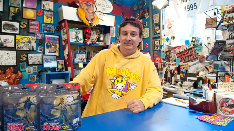 Walt - Comic Book Men_Season 1 - Photo Credit: David Russell/AMC