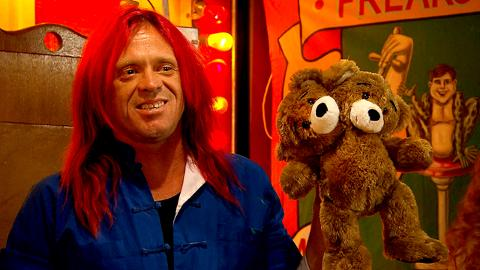 Deleted Scene Episode 102 Freakshow: Murrugun Gets a Teddy Bear