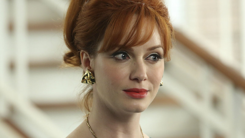 MM_606_QA_ChristinaHendricks_L