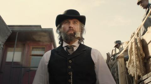 Tease: Killer and a Railroad Man: Hell on Wheels: Season 4 Premiere