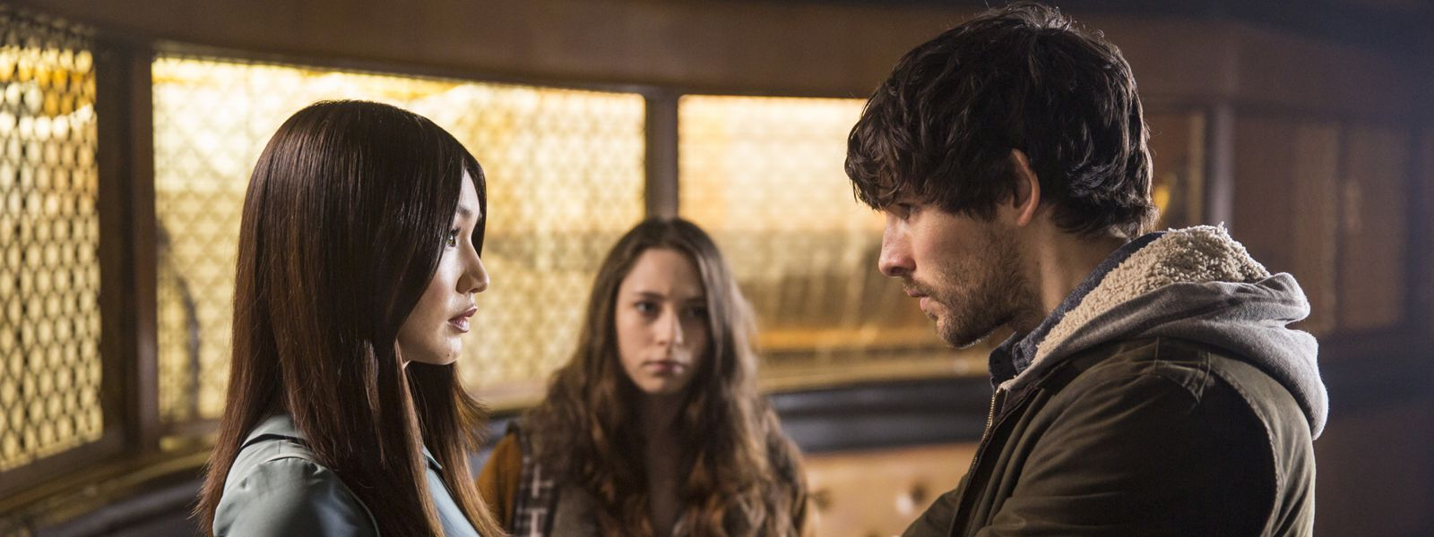 humans-episode-105-anita-chan-mattie-carless-leo-morgan-800×600