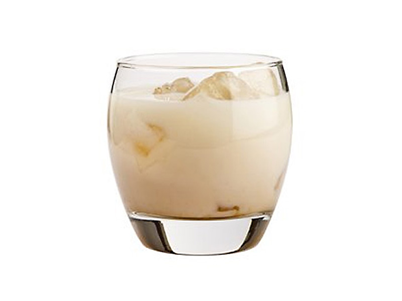mm-cocktail-white-russian-800×600