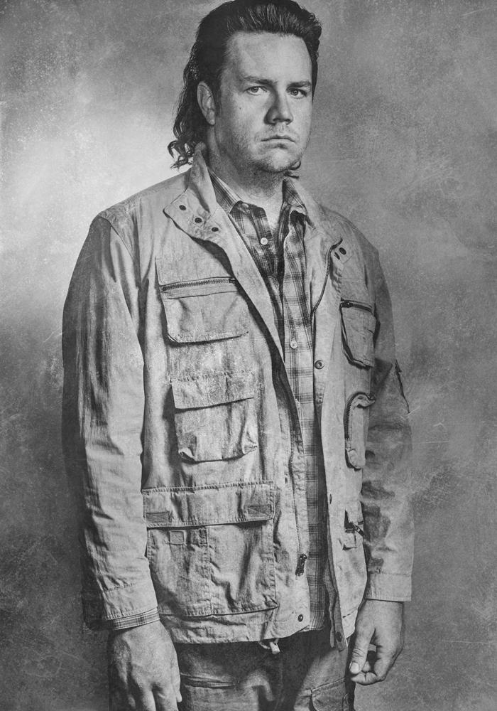 the-walking-dead-season-6-cast-portrait-eugene-mcdermitt-800×600