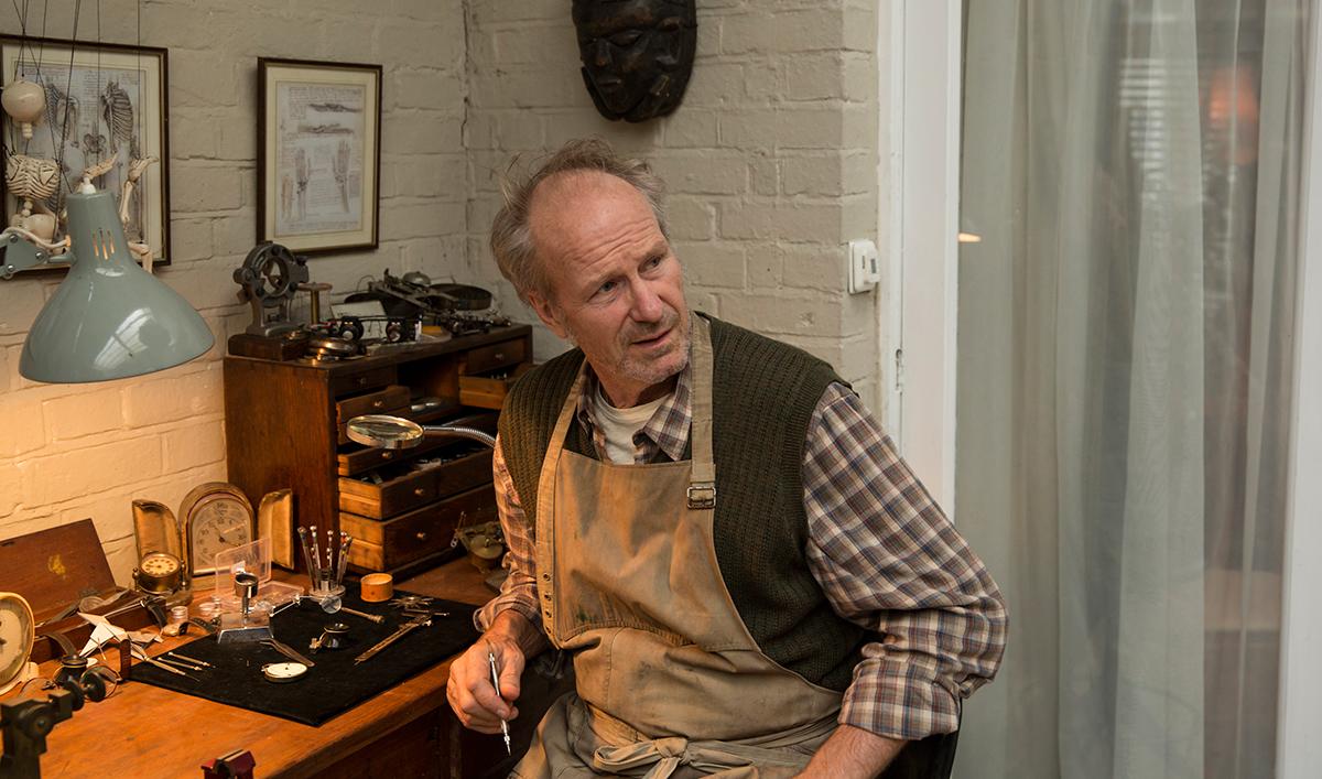 Tavis Smiley Interviews William Hurt; <em>Humans</em> Cast Visits <em>HuffPostLive</em>