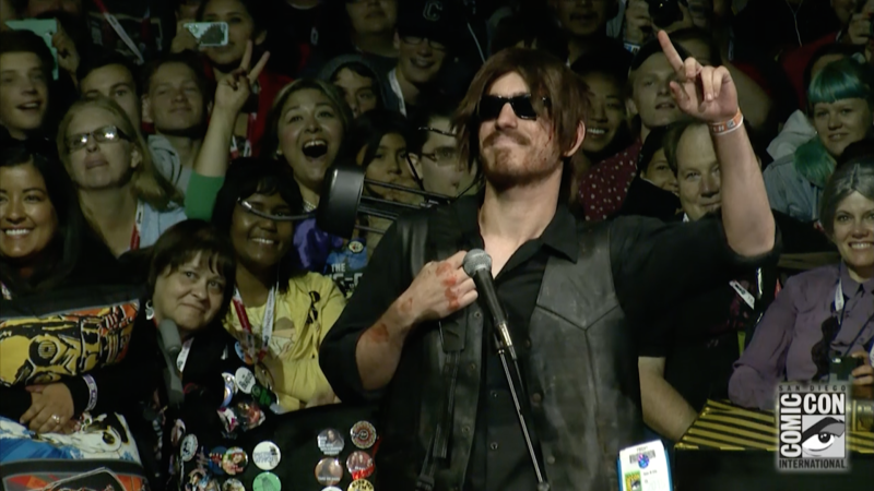 Norman Reedus Meets a Fan Dressed as Daryl: Comic-Con Panel Highlights: The Walking Dead: Season 6