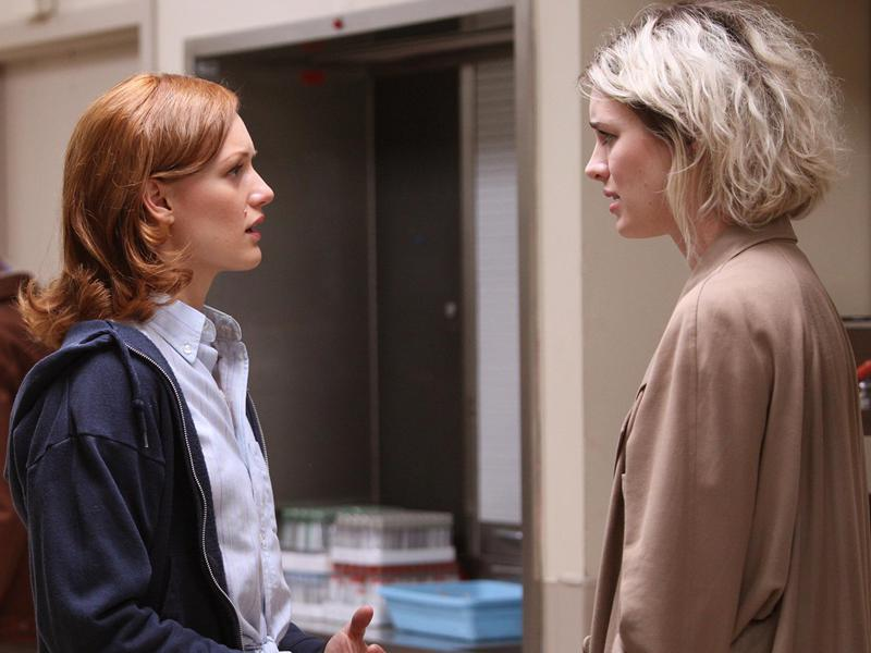 halt-and-catch-fire-episode-207-donna-bishe-cameron-davis-800×600