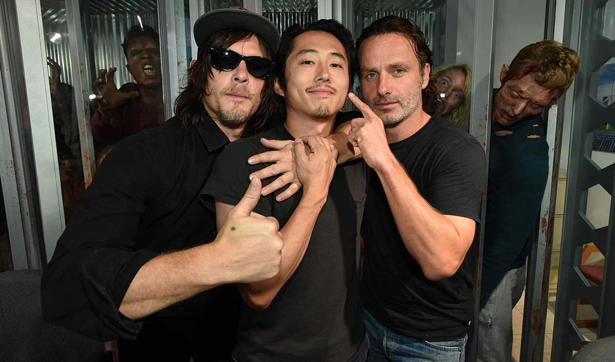 Photos – The Walking Dead Cast and Producers at San Diego Comic-Con 2015