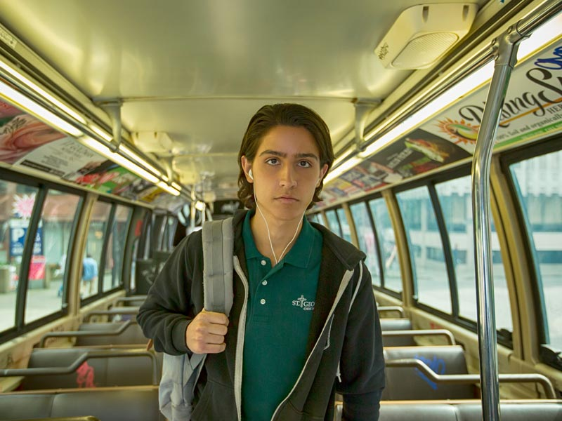 fear-the-walking-dead-episode-102-chris-henrie-photos-800×600