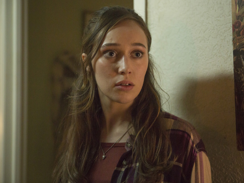 fear-the-walking-dead-episode-104-alicia-carey-sync-800×600
