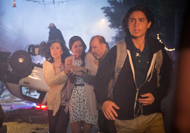 Fear the Walking Dead Season 1 Episode Photos