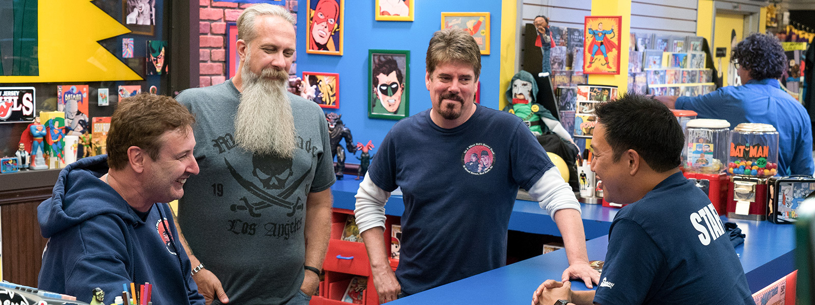 comic-book-men-episode-505-walt-bryan-mike-ming-800