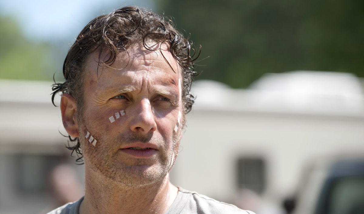 Extras for Season 6, Episode 1 of <em>The Walking Dead</em>
