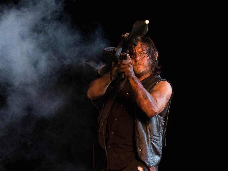 the-walking-dead-episode-609-daryl-reedus-post-800x600