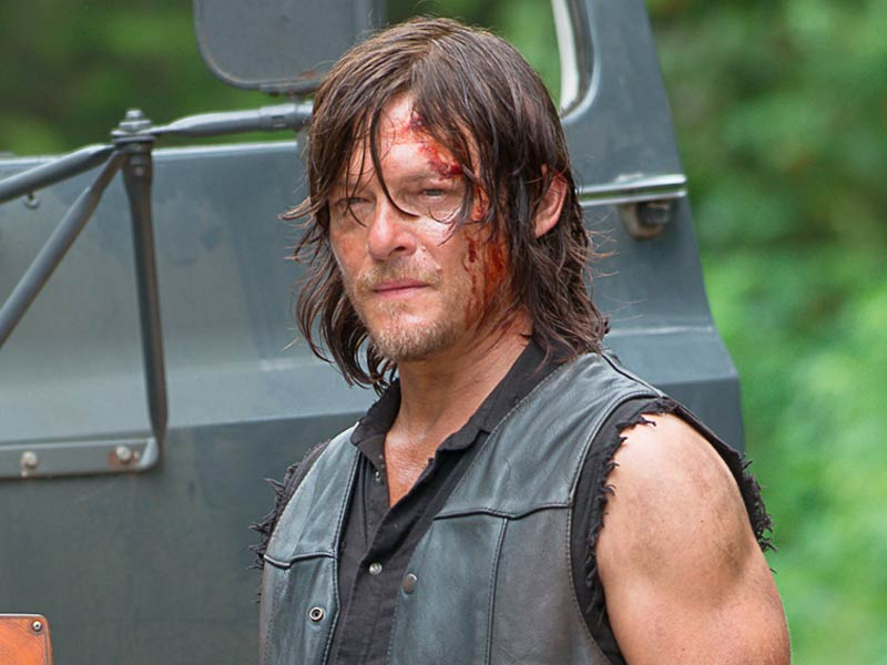the-walking-dead-episode-609-daryl-reedus-pre-800×600