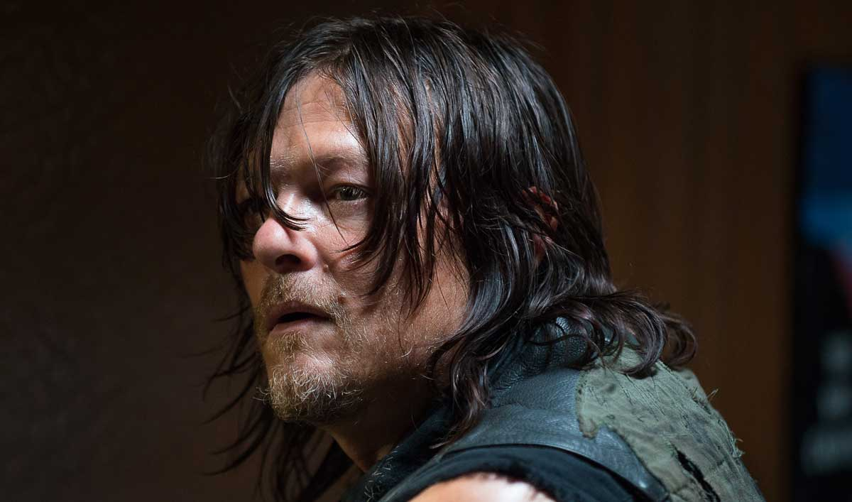 Extras for the Season 6, Episode 11  of <em>The Walking Dead</em>