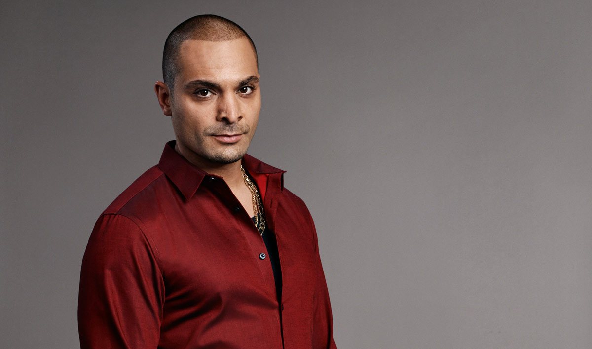 The 36-year old son of father (?) and mother(?), 175 cm tall Michael Mando in 2017 photo