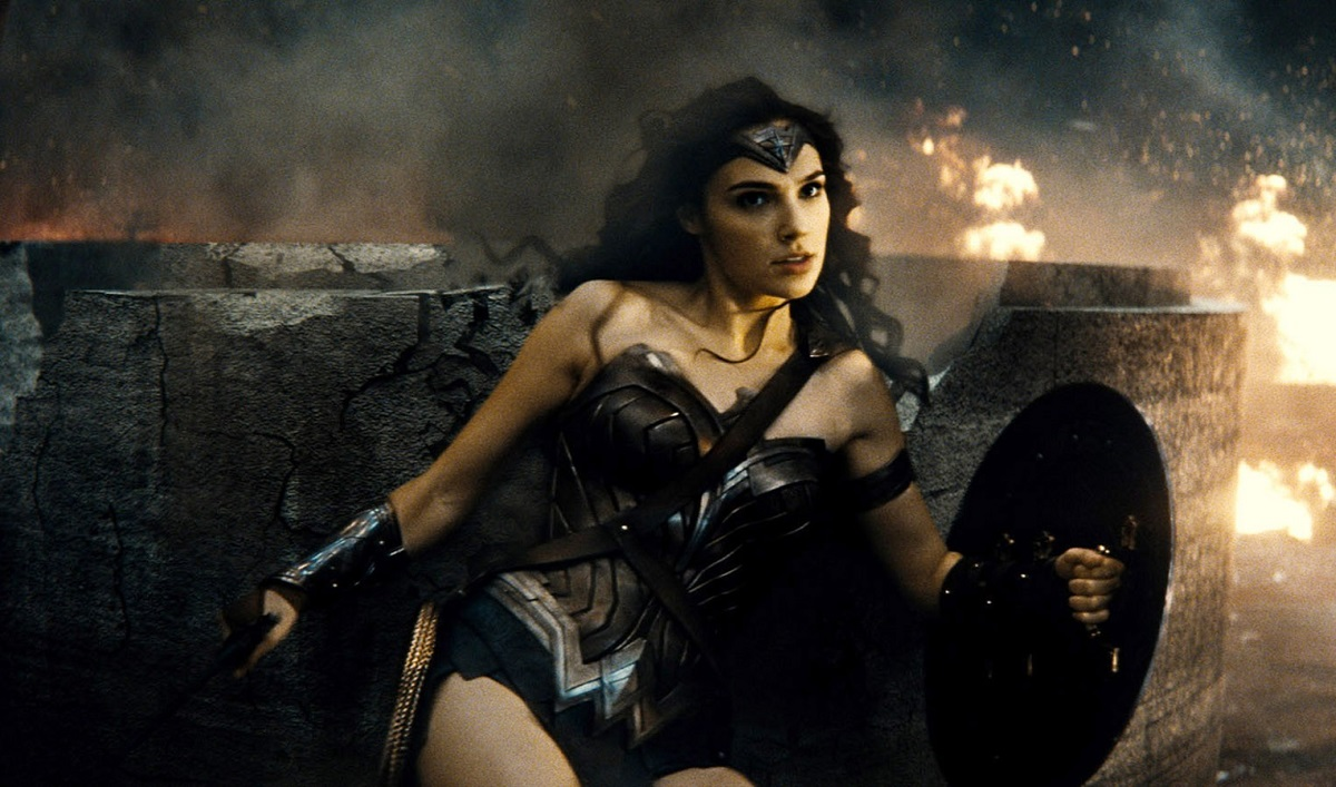 BATMAN V SUPERMAN: DAWN OF JUSTICE, Gal Gadot, as Wonder Woman, 2016. /© Warner Bros. / Courtesy Everett Collection