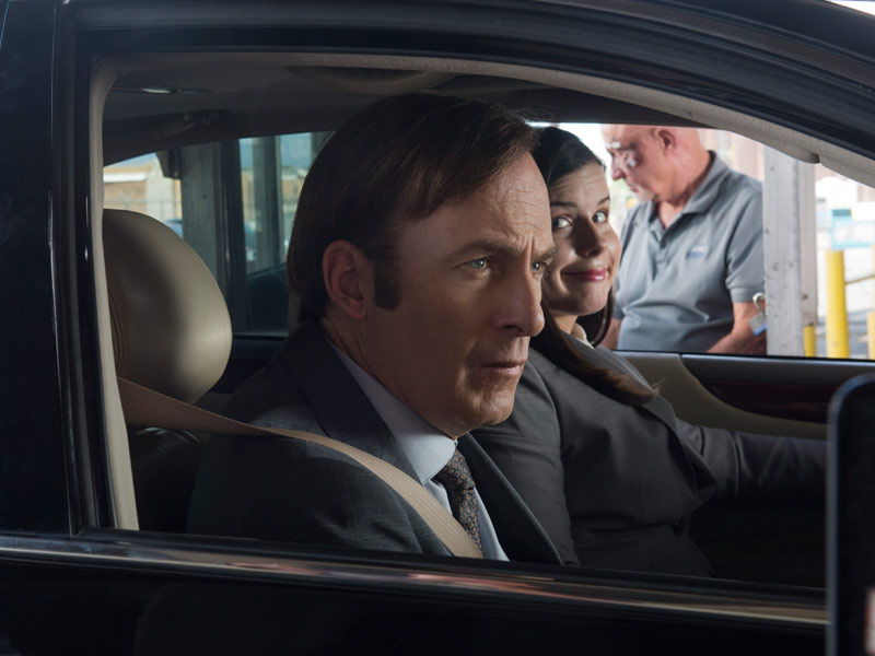 better-call-saul-episode-205-jimmy-odenkirk-erin-ennis-mike-banks-post-800x600