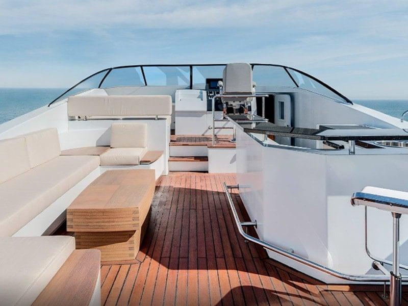 fear-the-walking-dead-season-2-360-boat-tour-800x600-3