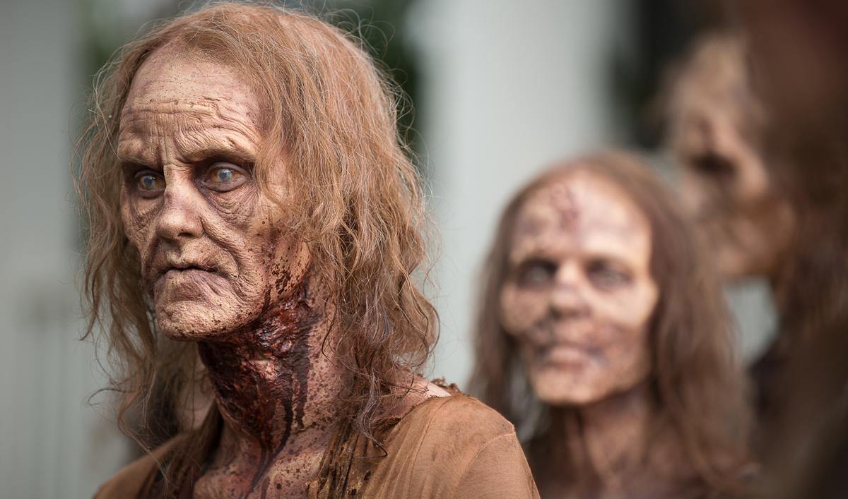 Extras for Season 6, Episode 13 of <em>The Walking Dead</em>