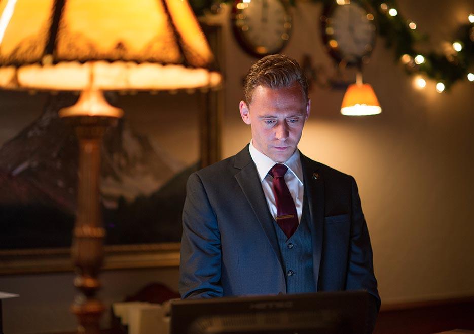 the-night-manager-101-jonathan-hiddleston-935x658