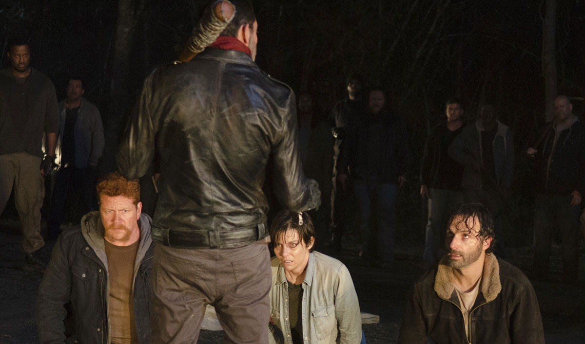 the-walking-dead-episode-616-negan-morgan-rick-lincoln-lucille-bat-1200x707