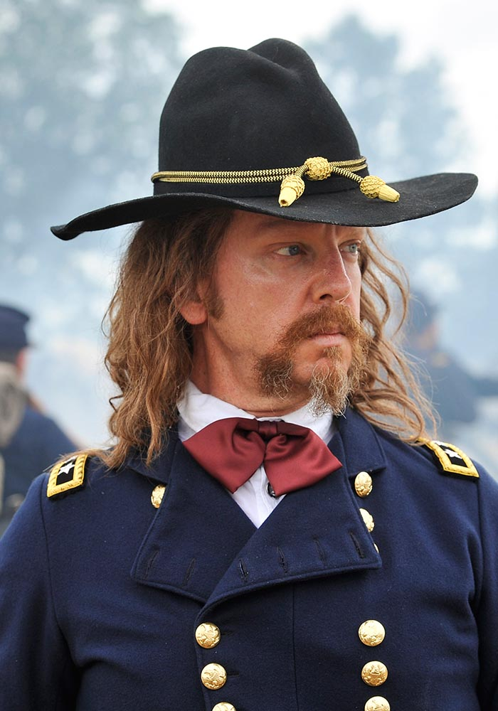 the-american-west-season-1-george-custer-800×600