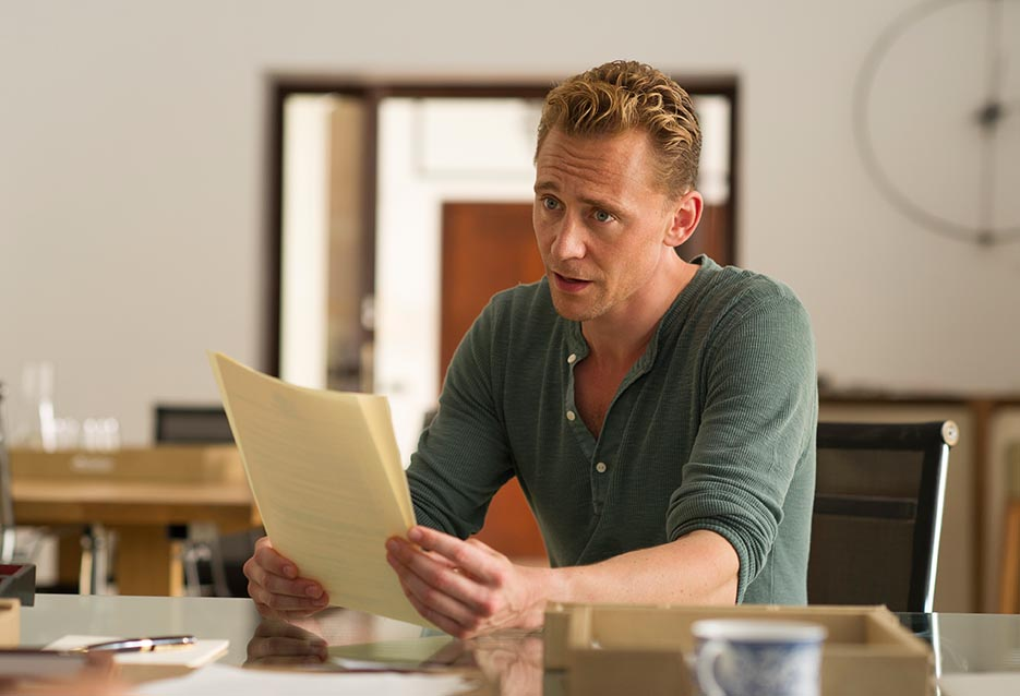 the-night-manager-103-pine-hiddleston-paper-935x658