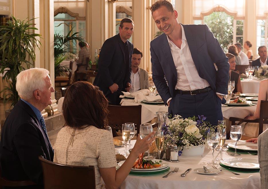 the-night-manager-104-pine-hiddleston-restaurant-935x658