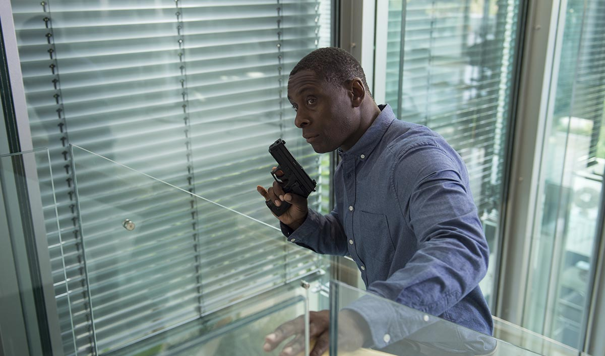 David Harewood as Joel Steadman; single- The Night Manager _ Season 1, Episode 4- Photo Credit: Des Willie/AMC