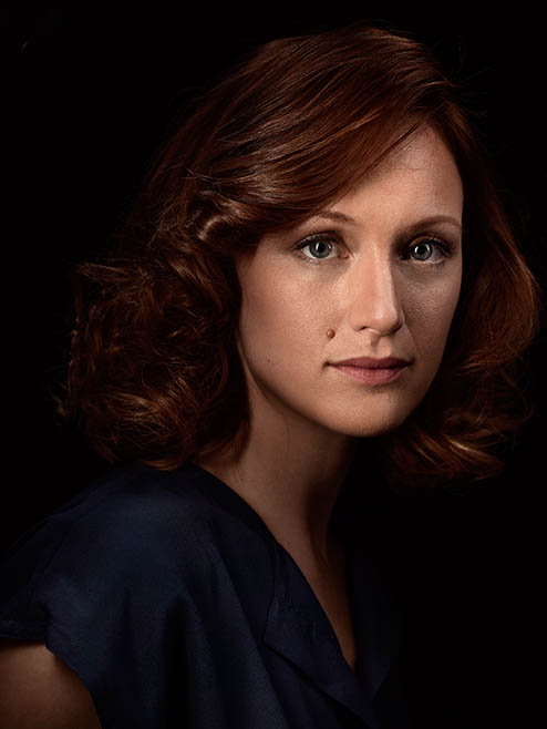 halt-and-catch-fire-season-3-character-portrait-Kerry-Bishe-Donna-Clark-494x658