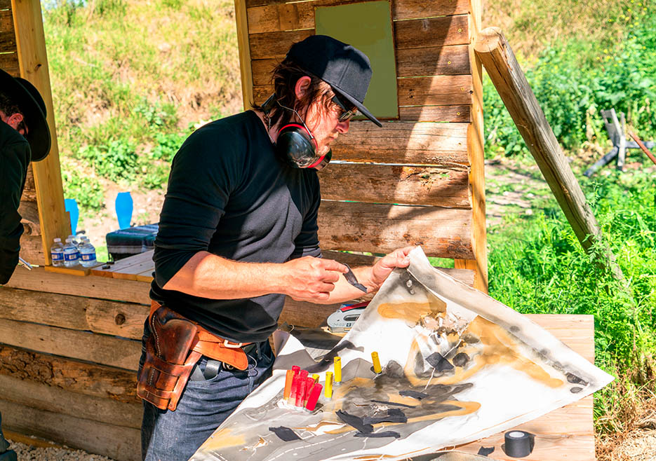 ride-104-norman-reedus-painting-935