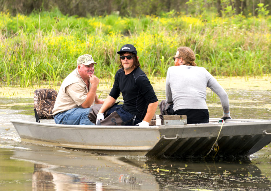 ride-105-norman-reedus-brent-hinds-935x658