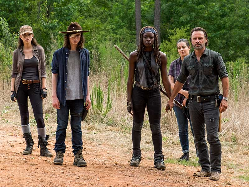 the-walking-dead-episode-708-rick-lincoln-michonne-gurira-800×600-inside