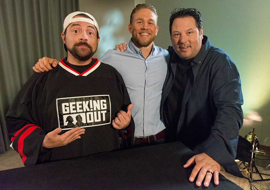 geeking-out-first-look-kevin-smith-greg-grunberg-charlie-hunnam-935