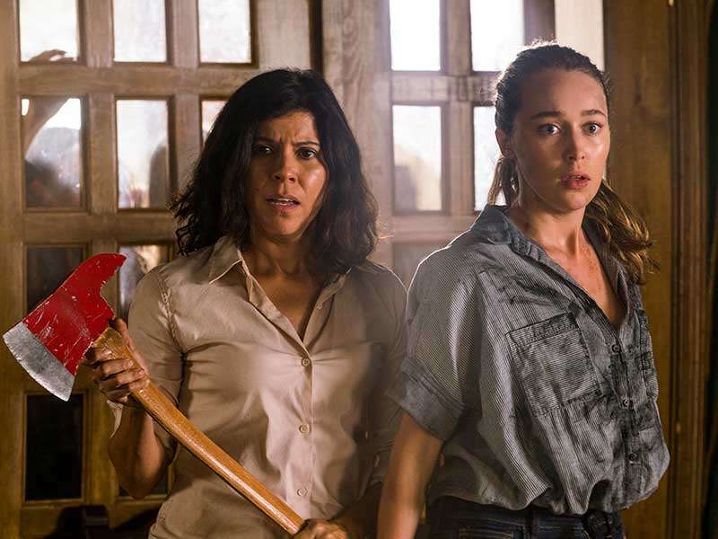 fear-the-walking-dead-episode-210-elena-bethzabe-alicia-debnam-carey-800×600-sync-post