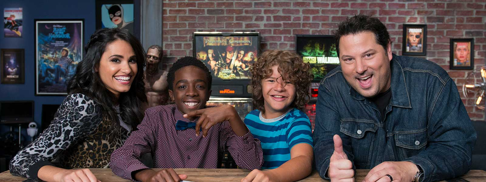geeking-out-107-tiffany-smith-caleb-mclaughlin-gaten-matarazzo-greg-grunberg-post-800×600