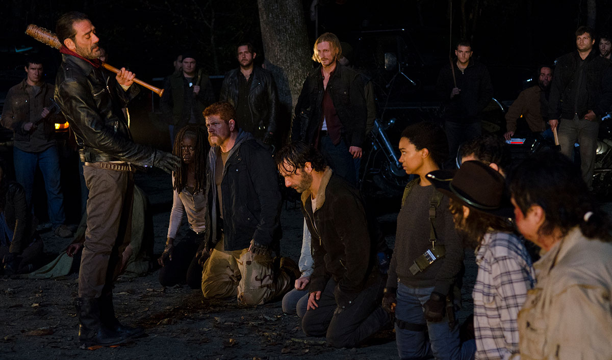 the-walking-dead-episode-616-negan-morgan-rick-lincoln-1200x707-3