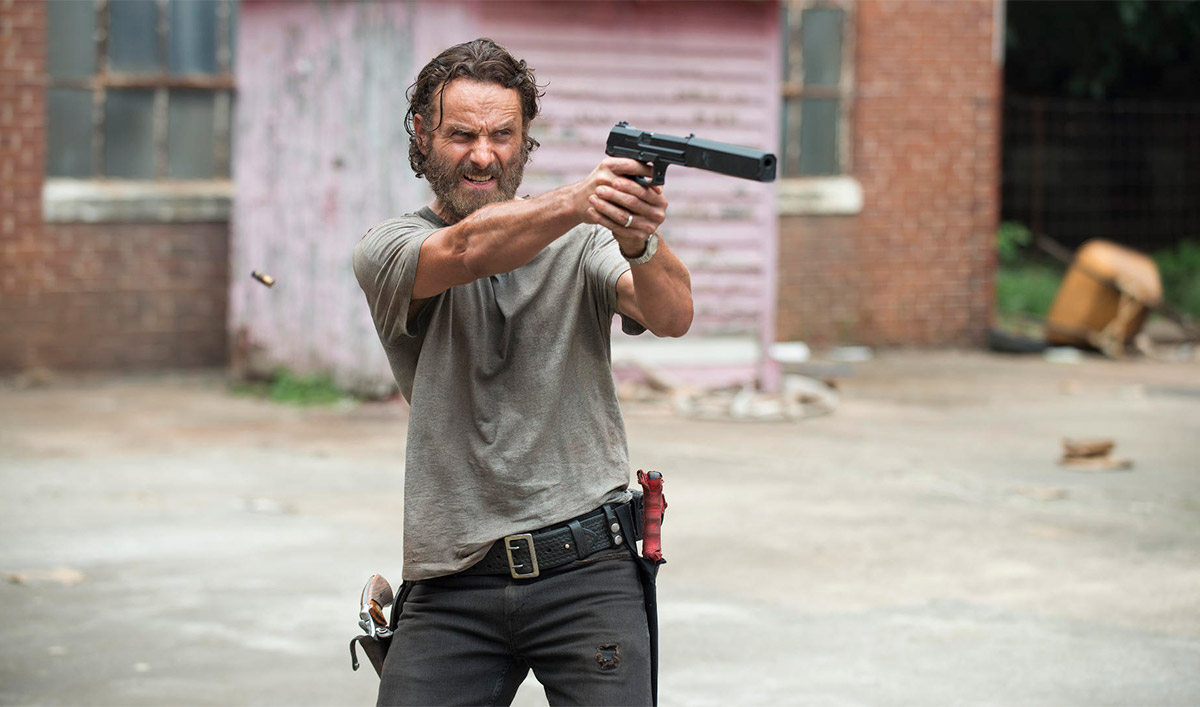 <em>The Walking Dead</em> Renewed for Season 8, Kicking Off With the 100th Episode
