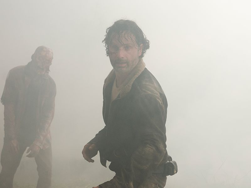 the-walking-dead-701-post-rick-grimes-andrew-lincoln-800x600