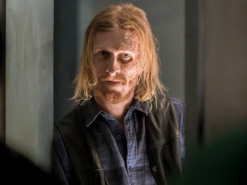 the-walking-dead-episode-703-dwight-amelio-800×600-photos