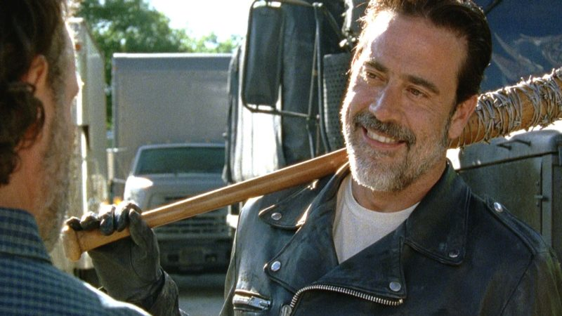 Sneak Peek of The Walking Dead Season 7, Episode 4: Negan Comes Calling in Alexandria