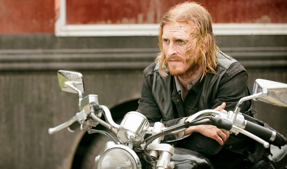 (SPOILERS) <em>The Walking Dead</em> Q&#038;A — Austin Amelio (Dwight)
