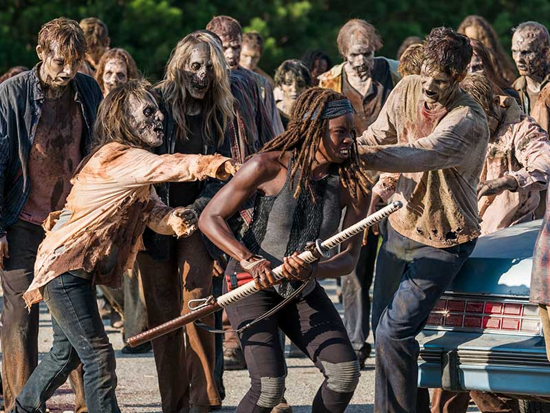 the-walking-dead-episode-709-michonne-gurira-800×600-sync-post