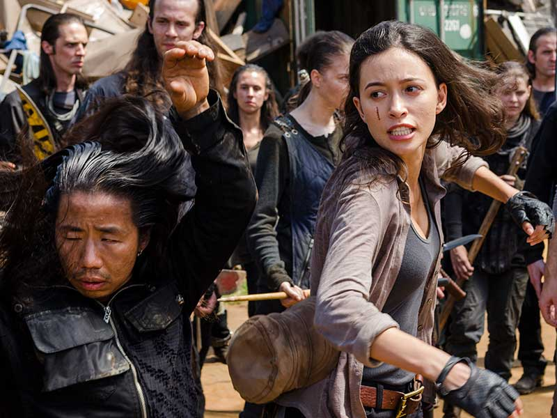 the-walking-dead-episode-710-rosita-serratos-800×600-inside