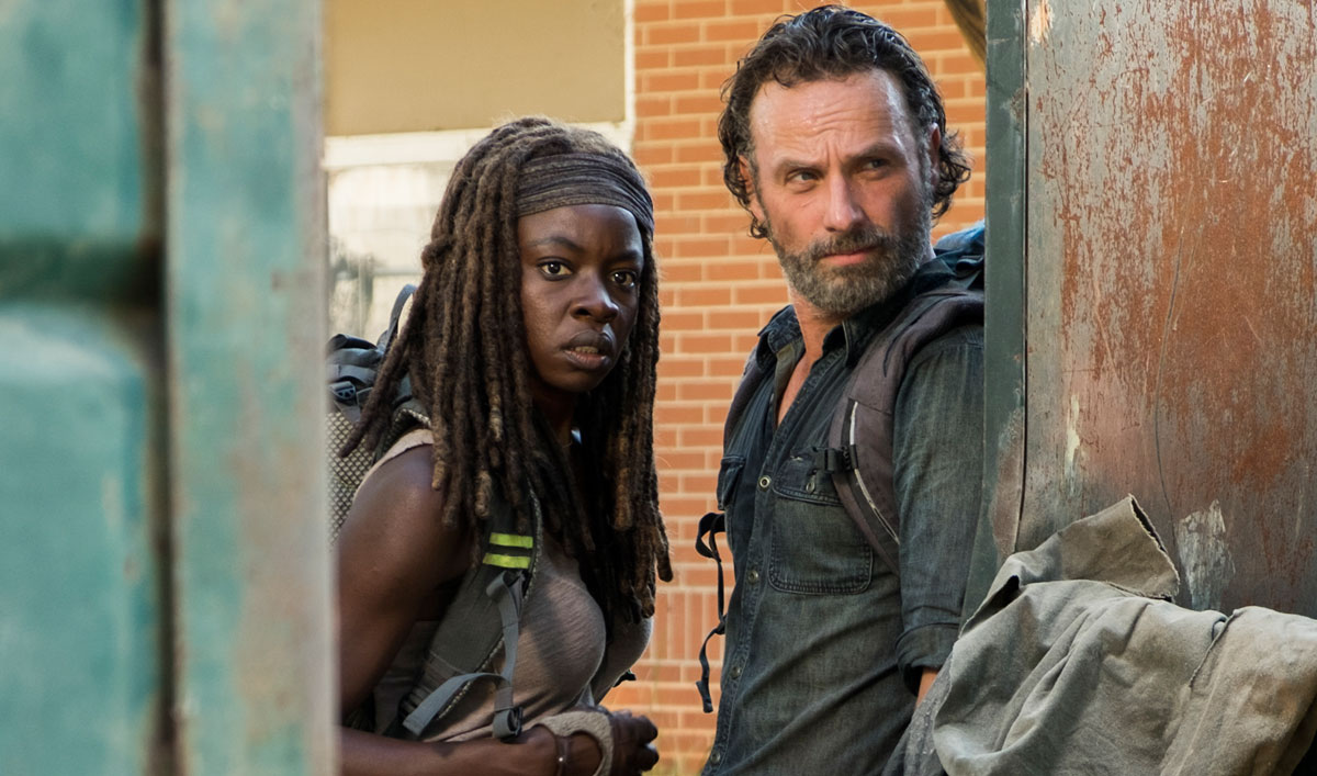Sneak Peek of <em>The Walking Dead</em> Season 7, Episode 12 — Rick and Michonne Stumble Upon the Aftermath of a Huge Gun Battle