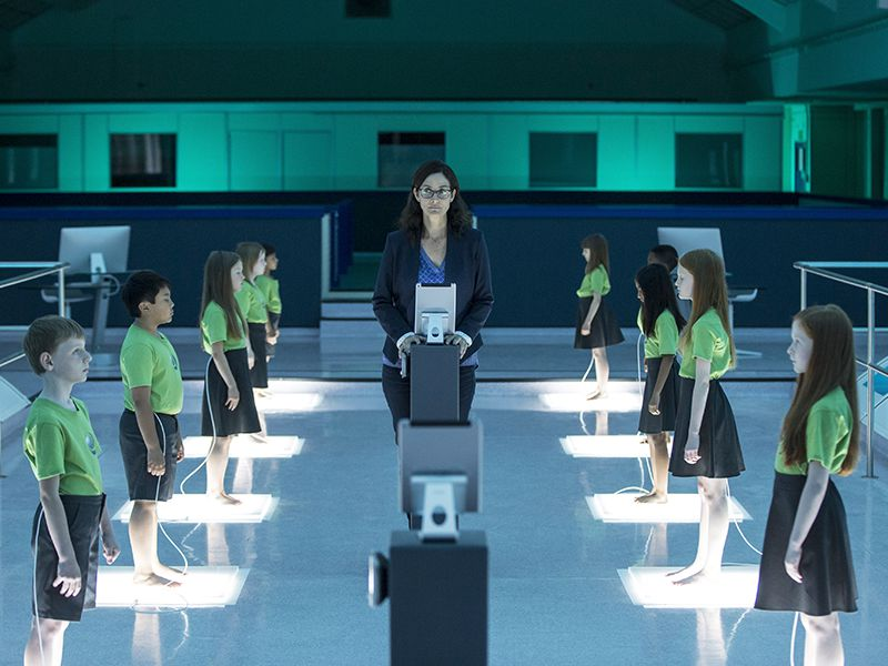 humans-206-post-athena-moss-800x600