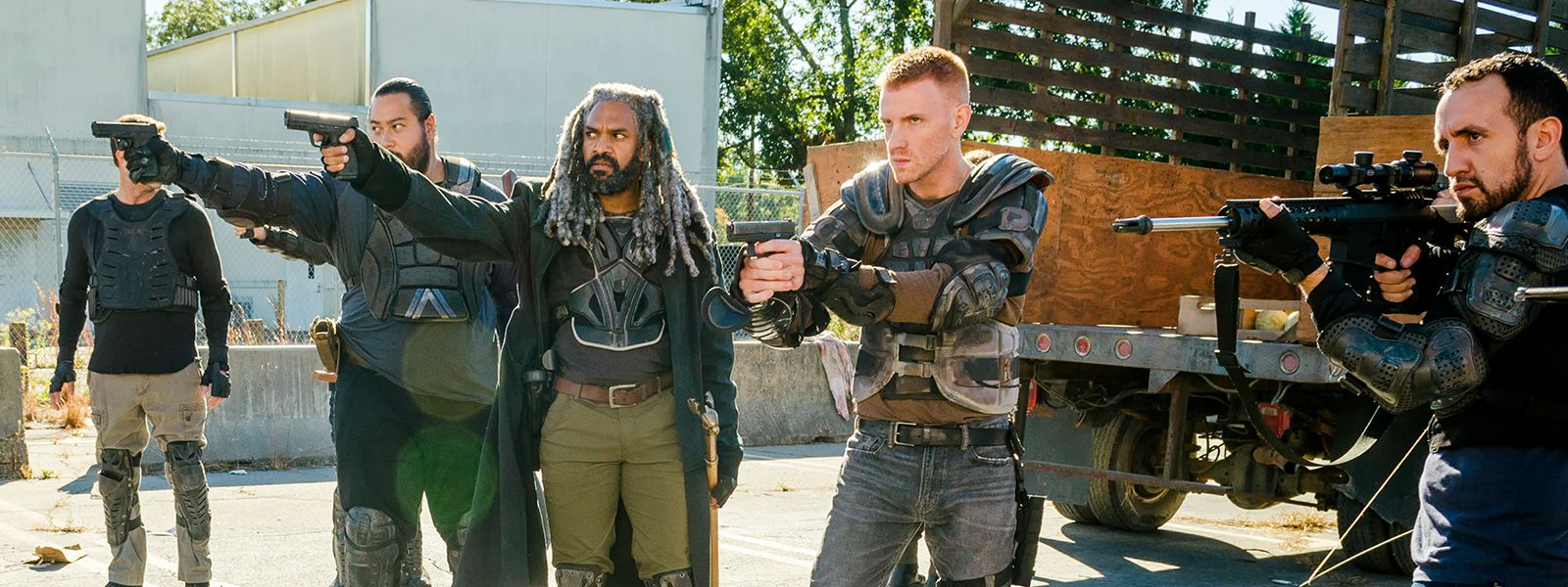 the-walking-dead-episode-713-ezekiel-payton-jerry-andrews-post-800×600